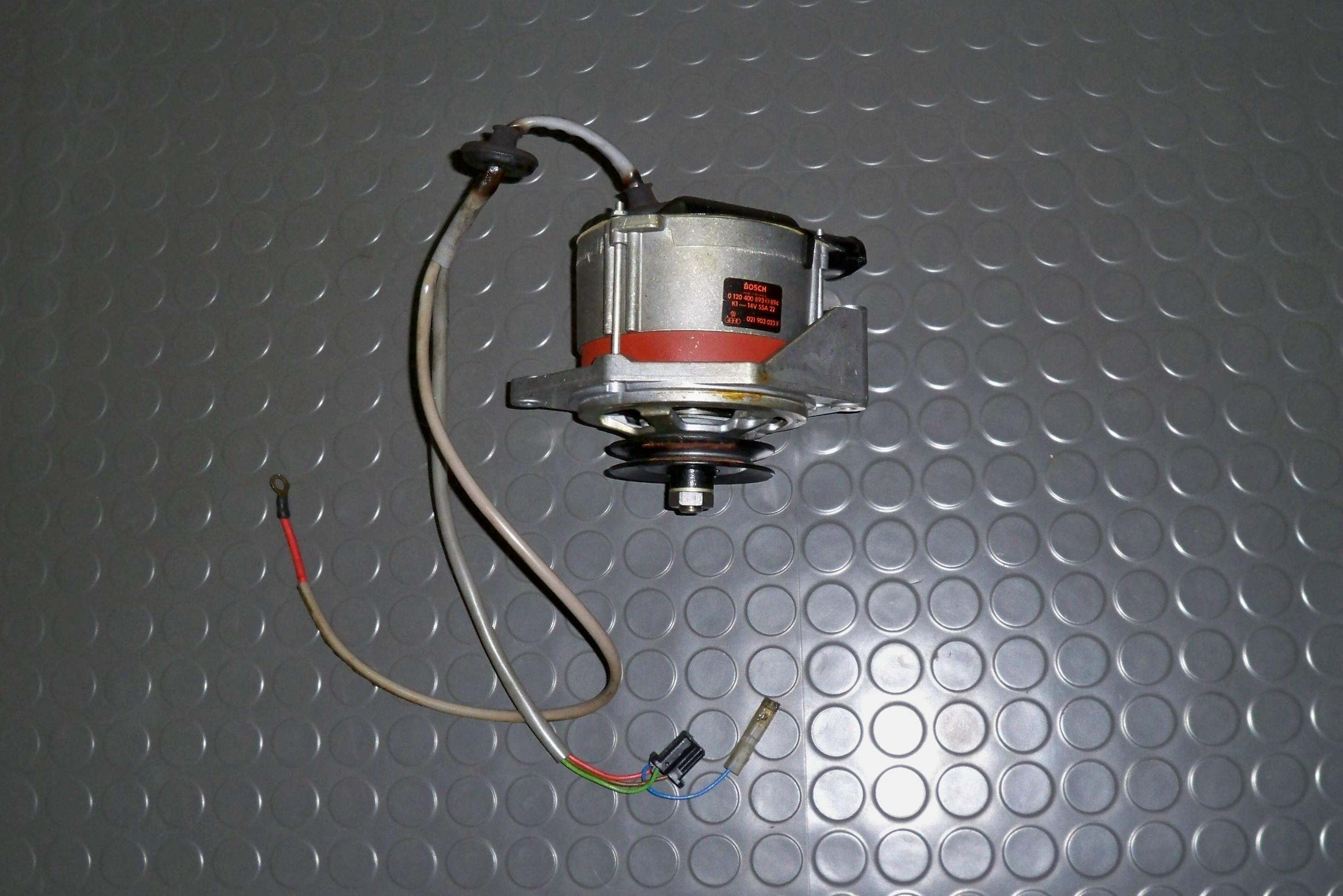 lichtmaschine 12 volt f r vw typ 4 motor bus porsche 914. Black Bedroom Furniture Sets. Home Design Ideas